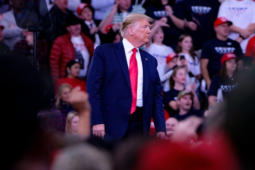 December 10, 2019, Hershey, United States: President Donald J. TRUMP speaks to his supporters at Make America Great Rally in Hershey. Hershey United States PUBLICATIONxINxGERxSUIxAUTxONLY - ZUMAs197 20191210zaas197215 Copyright: xPrestonxEhrlerx