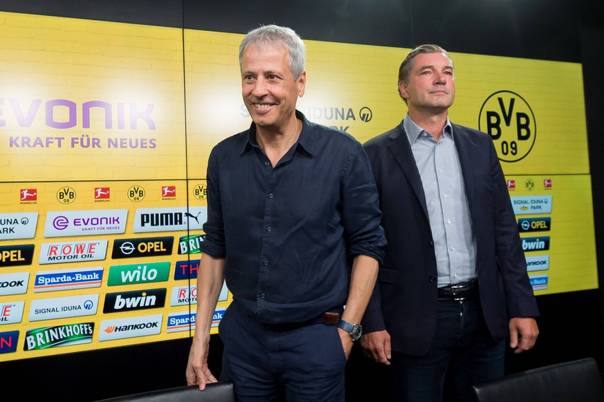 Dortmund, Germany, 06.07.2018, Pressekonferenz, vorstellung von Trainer Lucien Favre, Trainer Lucien Favre (BVB) und Sportdirektor Michael Zorc (BVB) ( DeFodi001 *** Dortmund Germany 06 07 2018 Press Conference Presentation by Coach Lucien Favre Coach Lucien Favre BVB and Sporting Director Michael Zorc BVB DeFodi001