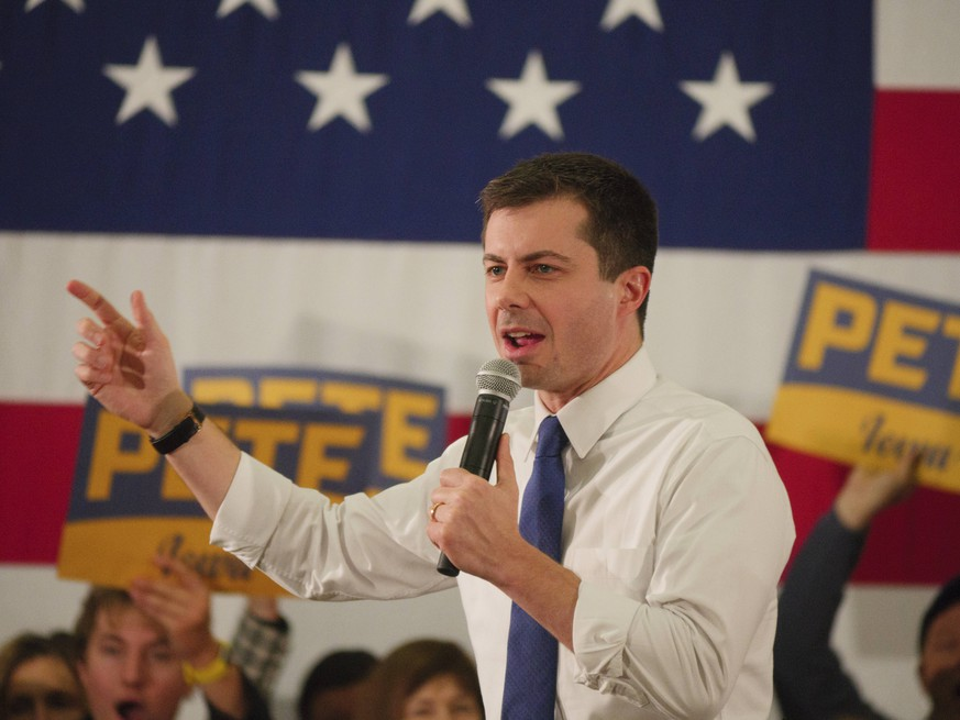 February 2, 2020, Des Moines, Iowa, United States: Democratic Presidential Candidate Pete Buttigieg campaigns before the Iowa Caucuses. Des Moines United States PUBLICATIONxINxGERxSUIxAUTxONLY - ZUMAs197 20200202zaas197454 Copyright: xJeremyxHoganx