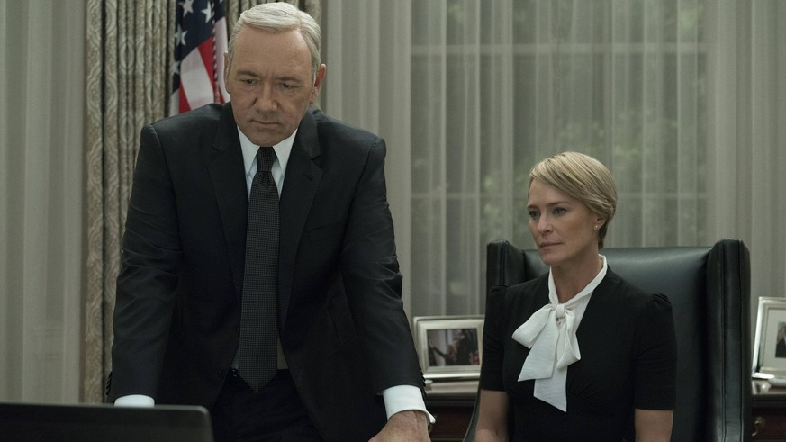 Kevin Spacey, Robin Wright, House Of Cards Season 5 (2017) Netflix Los Angeles CA PUBLICATIONxINxGERxSUIxAUTxONLY Copyright: xDavidxGiesbrechtx/xNetflixx 33406_002THA