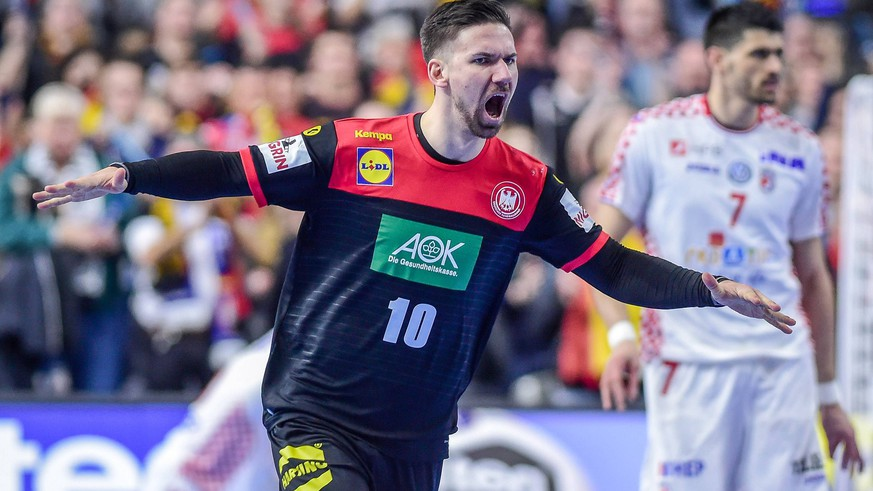 Koeln, Deutschland, 21.01.2019, IHF Handball WM 2019, Hauptrunde, Kroatien - Deutschland, Fabian Wiede (GER) jubelt, Torjubel nach seinem treffer ( DeFodi520 *** Koeln Germany 21 01 2019 IHF Handball WM 2019 Main Round Croatia Germany Fabian Wiede GER cheers goal cheers after his goal DeFodi520