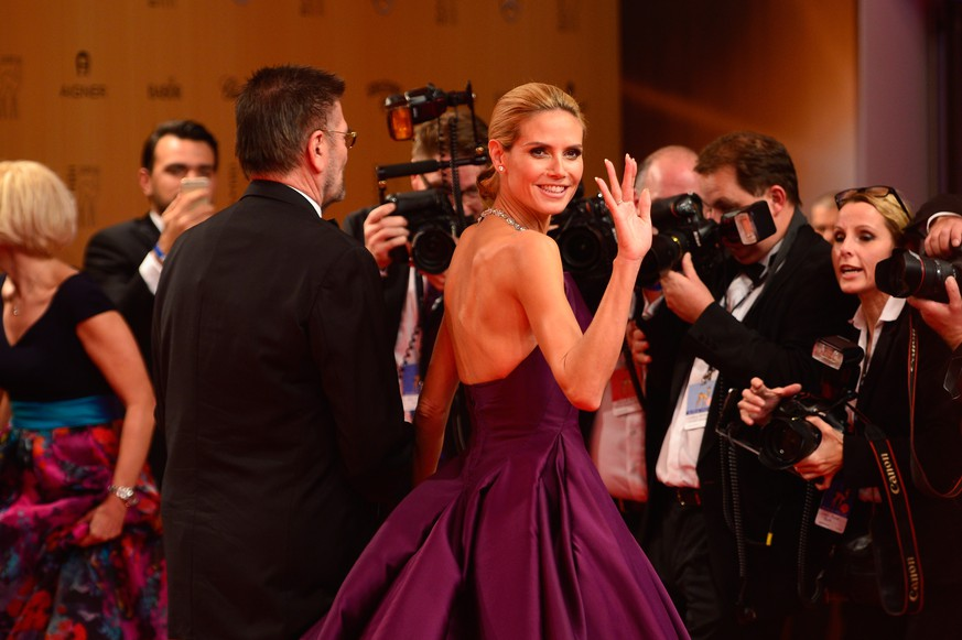 BERLIN, GERMANY - NOVEMBER 12:  Heidi Klum and her father Guenther Klum attend the Bambi Awards 2015 at Stage Theater on November 12, 2015 in Berlin, Germany.  (Photo by Thomas Lohnes/Getty Images for MADELEINE)