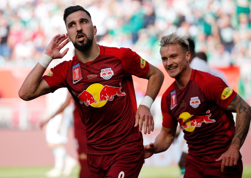 SOCCER - UNIQA OEFB Cup, RBS vs Rapid KLAGENFURT,AUSTRIA,01.MAY.19 - SOCCER - UNIQA OEFB Cup, final, Red Bull Salzburg vs SK Rapid Wien. Image shows the rejoicing of Munas Dabbur and Fredrik Gulbrandsen (RBS). Keywords: Wien Energie. PUBLICATIONxINxGERxHUNxONLY GEPAxpictures/xDavidxRodriguez