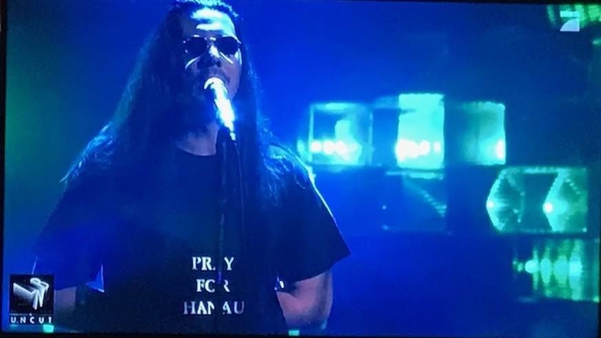 "Apache 207: Neuer Song wird bei ""Late Night Berlin"" zur Nebensache – Fans tief bewegt"