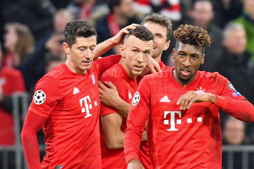 SOCCER - UEFA CL, Bayern vs Olympiacos MUNICH,GERMANY,06.NOV.19 - SOCCER - UEFA Champions League, group stage, FC Bayern Muenchen vs Olympiacos FC. Image shows FC Bayern Team rejoicing. PUBLICATIONxINxGERxHUNxONLY GEPAxpictures/xUlrichxGamel