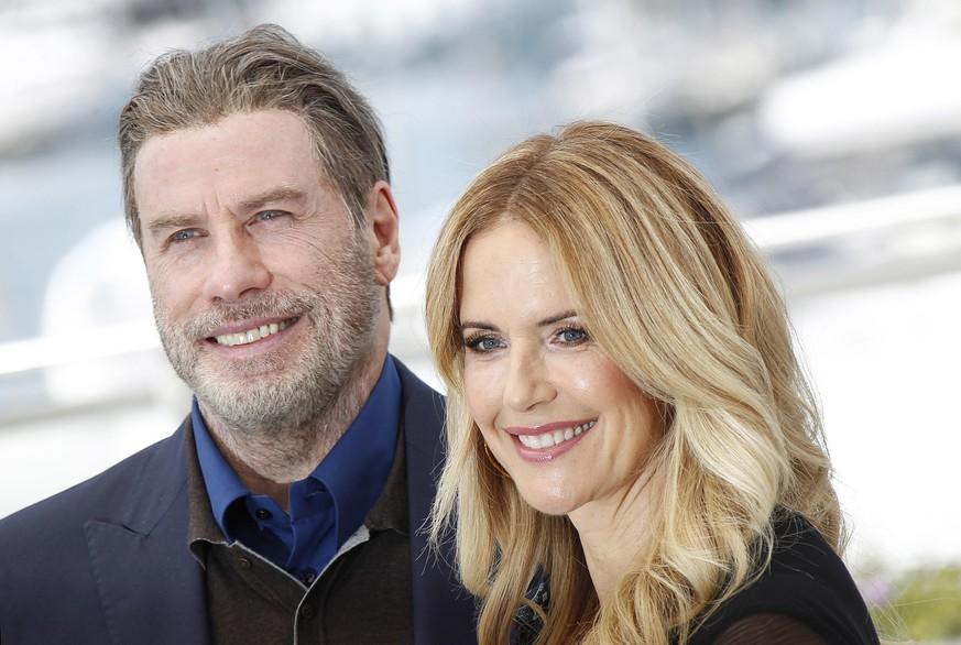 Mit 57 Jahren: Ehefrau von John Travolta verliert Kampf gegen Krebs