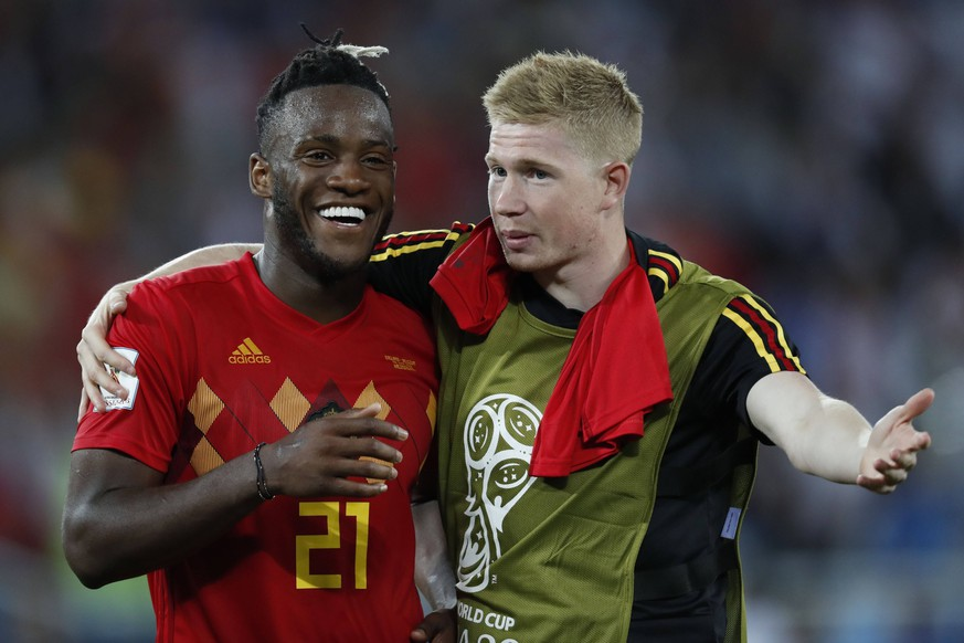(l-r) Michy Batshuayi of Belgium, Kevin De Bruyne of Belgium during the 2018 FIFA World Cup WM Weltmeisterschaft Fussball Russia group G match between England and Belgium at the Kalingrad stadium on June 28, 2018 in Kaliningrad, Russia FIFA World Cup 2018 Russia 2017/2018 xVIxVIxImagesx/xMauricexvanxSteenxWKxIVx PUBLICATIONxINxGERxSUIxAUTxONLY 11337247
