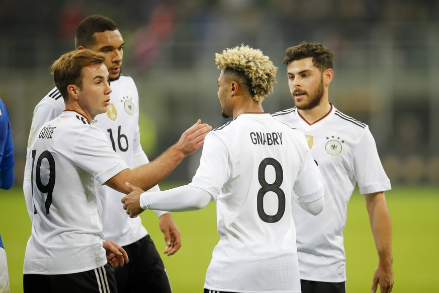 Mario GOETZE, DFB 19 Serge GNABRY, DFB 8 Kevin VOLLAND, DFB 20 Jonathan TAH, DFB16 Schlussjubel ITALY - GERMANY 0-0 Friendly match at November 15, 2016 in Mailand, Italy