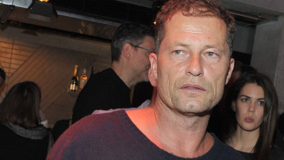 Til Schweiger Ankunft zur Medienboard-Vorweihnachtsparty im Saeaelchen in Berlin am 07.12.2017 *** Til Schweiger arrival to the Medienboard Vorweihnachtsparty in Saeaelchen in Berlin on 07.12.2017