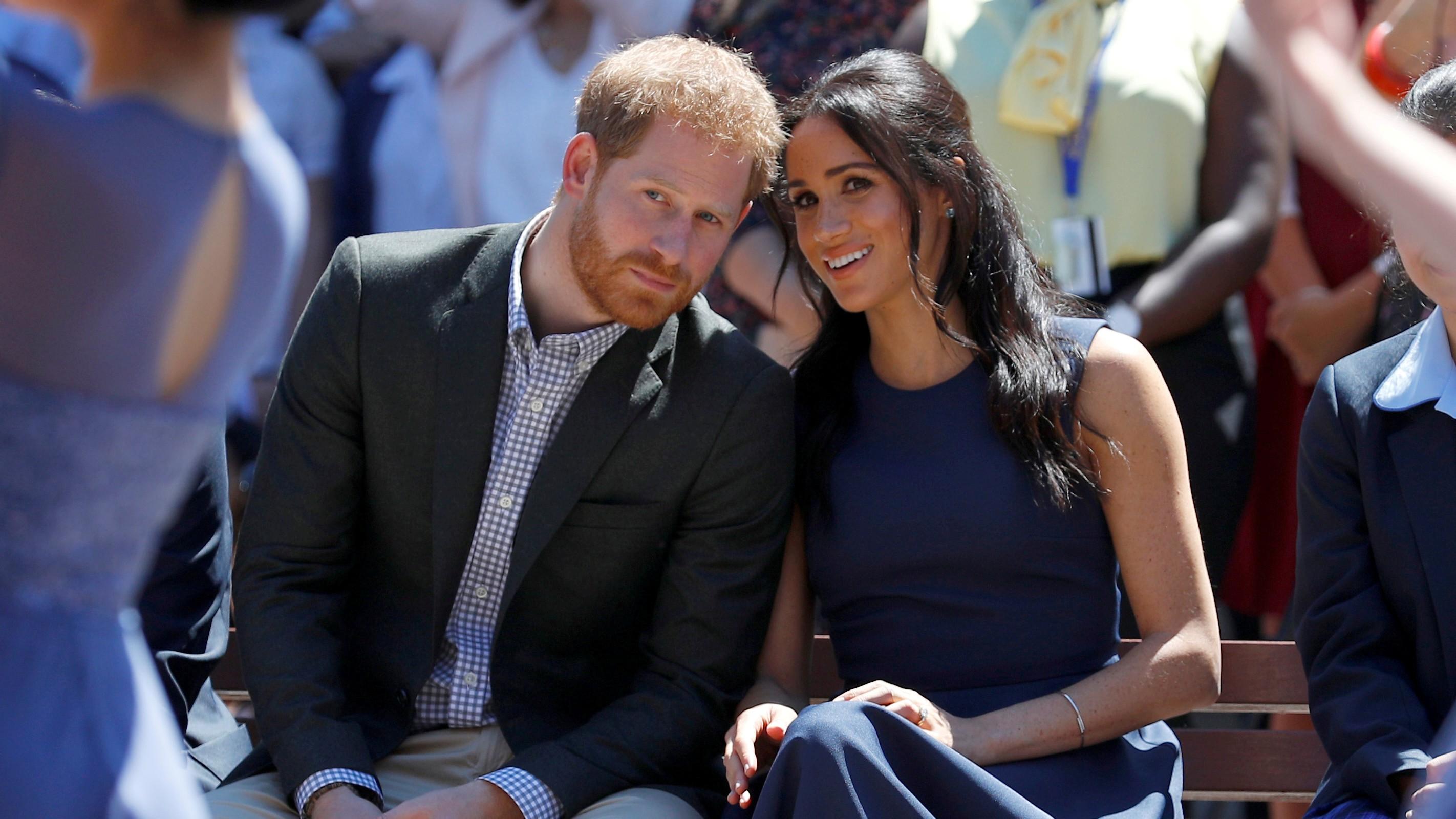 Harry und Meghan geben Titel ab und wollen Geld für Renovierung ihres Hauses zurückzahlen