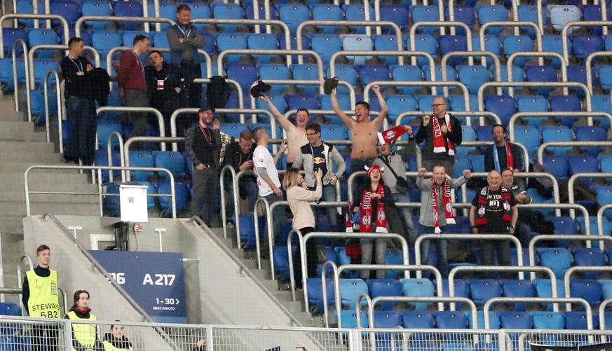 Rb Leipzig Spielt Um Europa League Quali Und Nur 7 Fans Reisen Mit