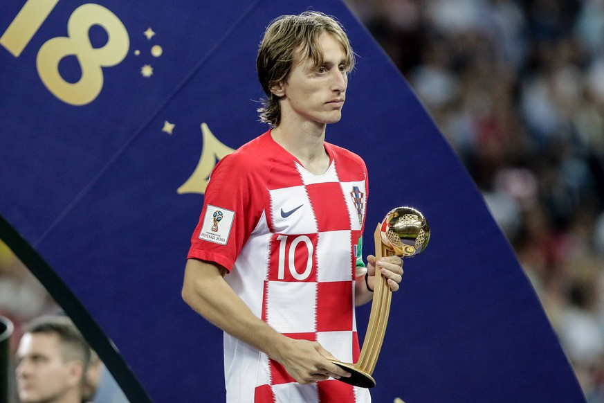 Russia: France celebrates the win against Croatia Croatia s Luka MODRIC wins best cup player award for the 2018 World Cup title after a 4-2 win against Croatia at Luzhniki Stadium in Moscow, Russia Moscow Vazio Russia PUBLICATIONxINxGERxSUIxAUTxONLY ThiagoxBernardesx/xPacificxPress