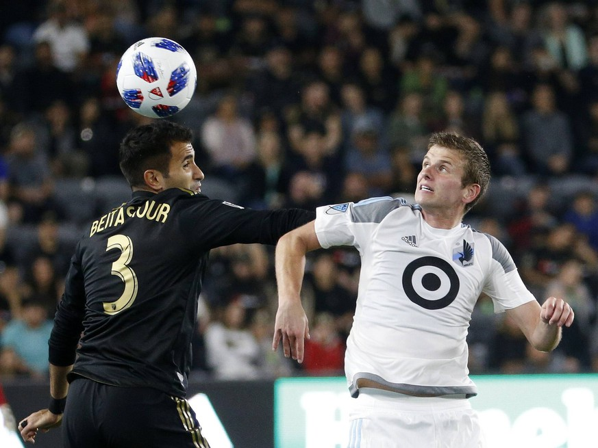 May 9, 2018 - Los Angeles, California, U.S - Los Angeles FC defender Steven Beitashour (3) vies with Minnesota United midfielder Collin Martin (17) during an MLS Fussball Herren USA soccer game between Los Angeles FC and Minnesota United at Banc of California Stadium in Los Angeles, Wednesday, May 9, 2018. The LAFC won 2-0. MLS 2018: Los Angeles FC 2:0 Minnesota United PUBLICATIONxINxGERxSUIxAUTxONLY - ZUMAc68_ 20180509_zaf_c68_052 Copyright: xRingoxChiux
