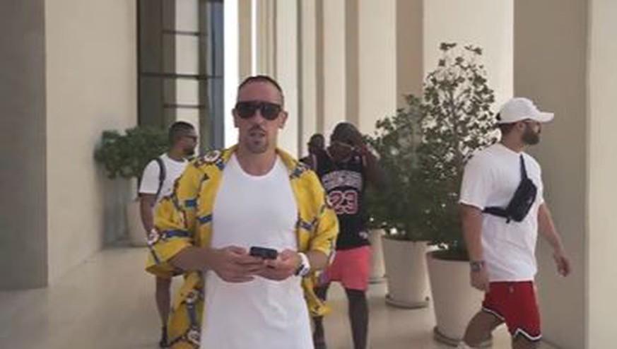 Geht's noch protziger? Ribéry dreht Musikvideo in Dubai – und wirft einige Fragen auf