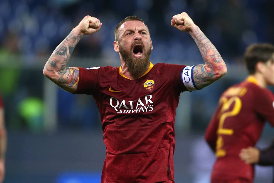 Daniele De Rossi of AS Roma celebrates at the end of he match Genova 6-04-2019 Stadio Marassi Football Serie A 2018/2019 Sampdoria - Roma Photo Gino Mancini / Insidefoto PUBLICATIONxNOTxINxITA imagexsport