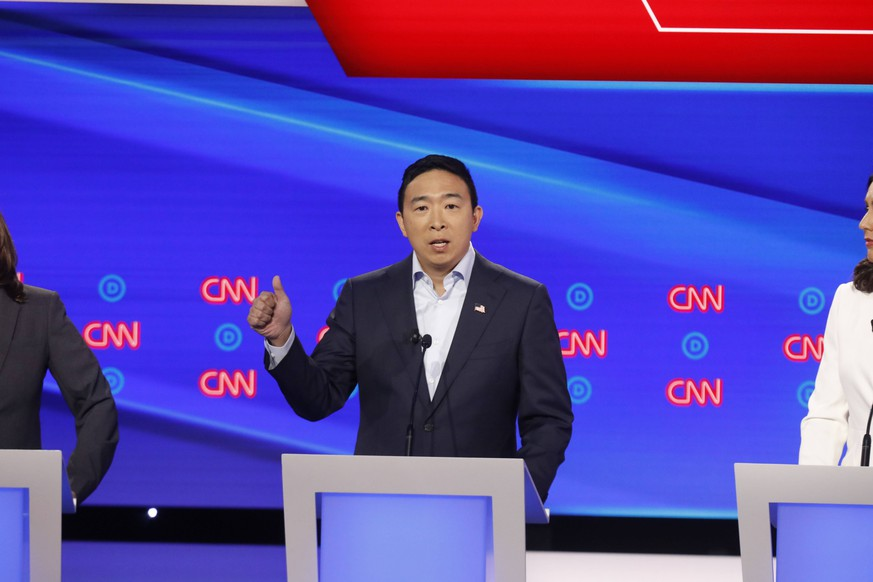 July 31, 2019, Detroit, Michigan, USA: ANDREW YANG on stage during the second of two Democratic Debates in Detroit, hosted by CNN and sanctioned by the DNC. Detroit USA PUBLICATIONxINxGERxSUIxAUTxONLY - ZUMA 20190731_mda_z03_246 Copyright: xJohnxNowakx