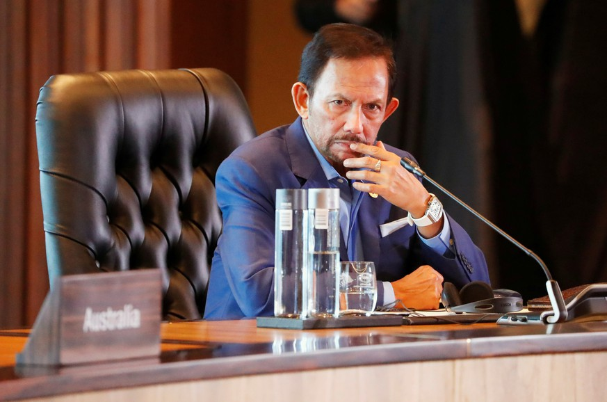FILE PHOTO: Brunei's Sultan Hassanal Bolkiah attends the retreat session during the APEC Summit in Port Moresby, Papua New Guinea on November 18, 2018. REUTERS/David Gray/File Photo
